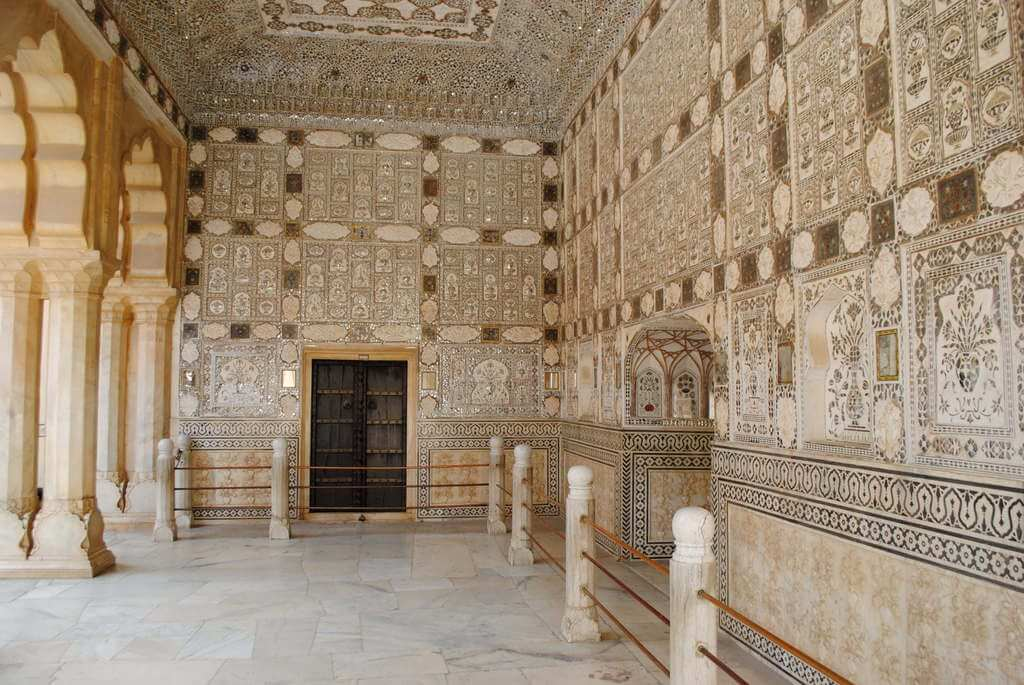 Interior Diwan-i-Kash