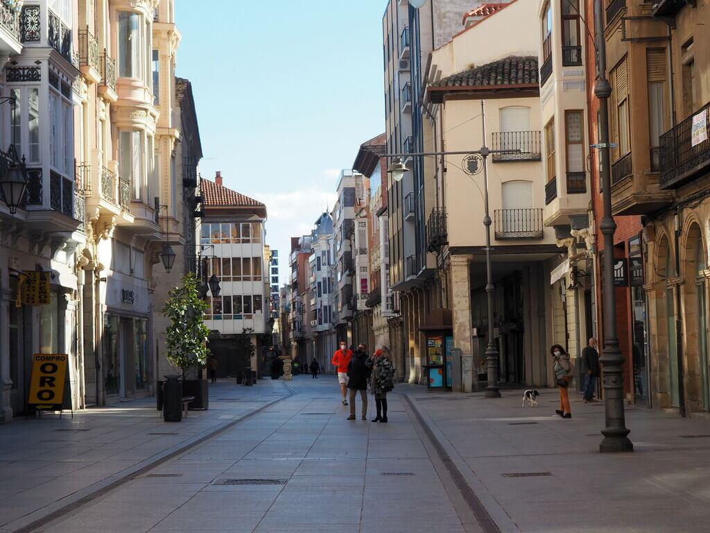 Paseando por la Calle Mayor de Palencia