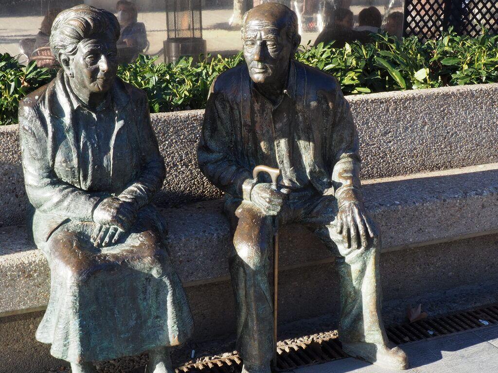 Monumento a los Mayores