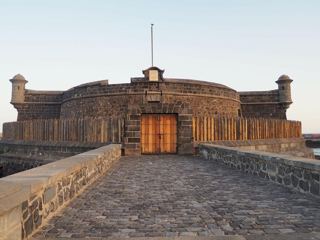 Castillo Negro
