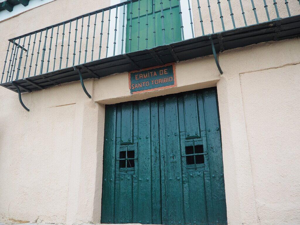 Ermita de Santo Toribio, desde donde tiene lugar la pedrea