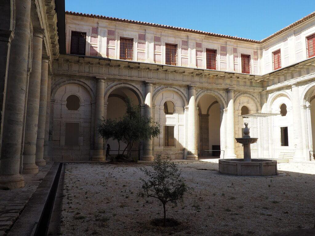 Claustro de la Catedral de Cuenca