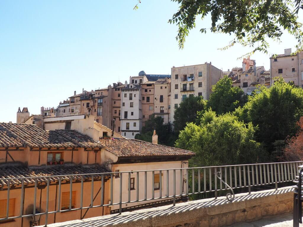 Los Rascacielos de Cuenca desde el Mirador de Ronda