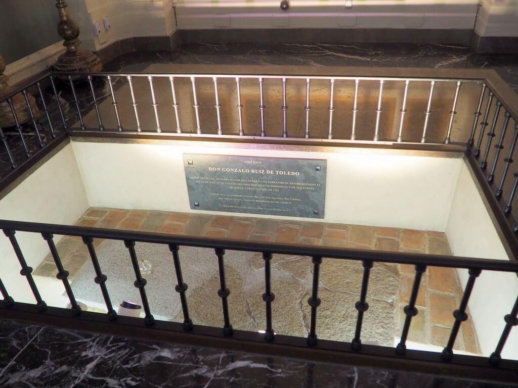 Tumba del señor de Orgaz dentro de la Iglesia de Santo Tomé
