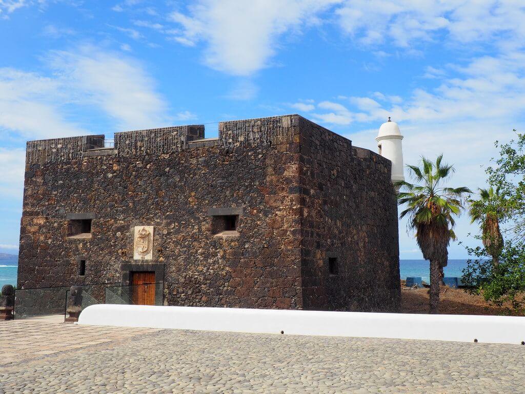 Otra perspectiva del Castillo de San Felipe