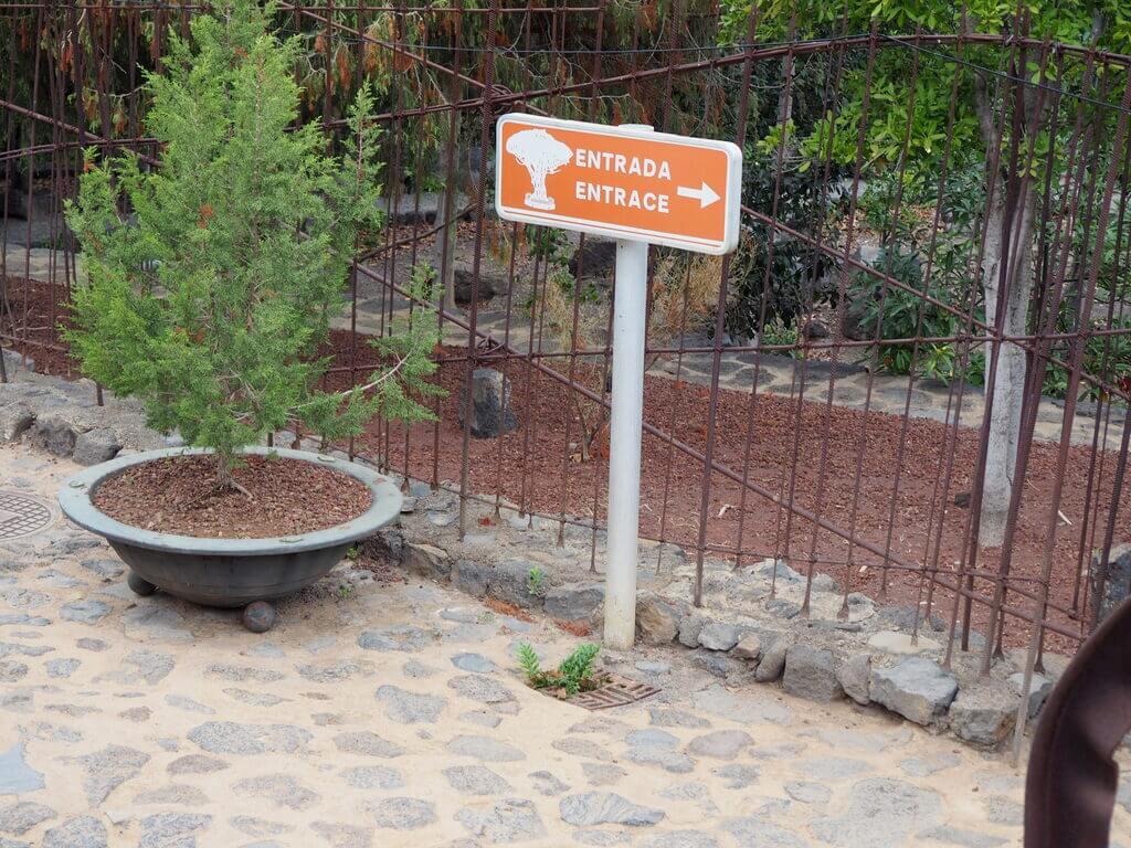 Cartel indicativo Parque del Drago