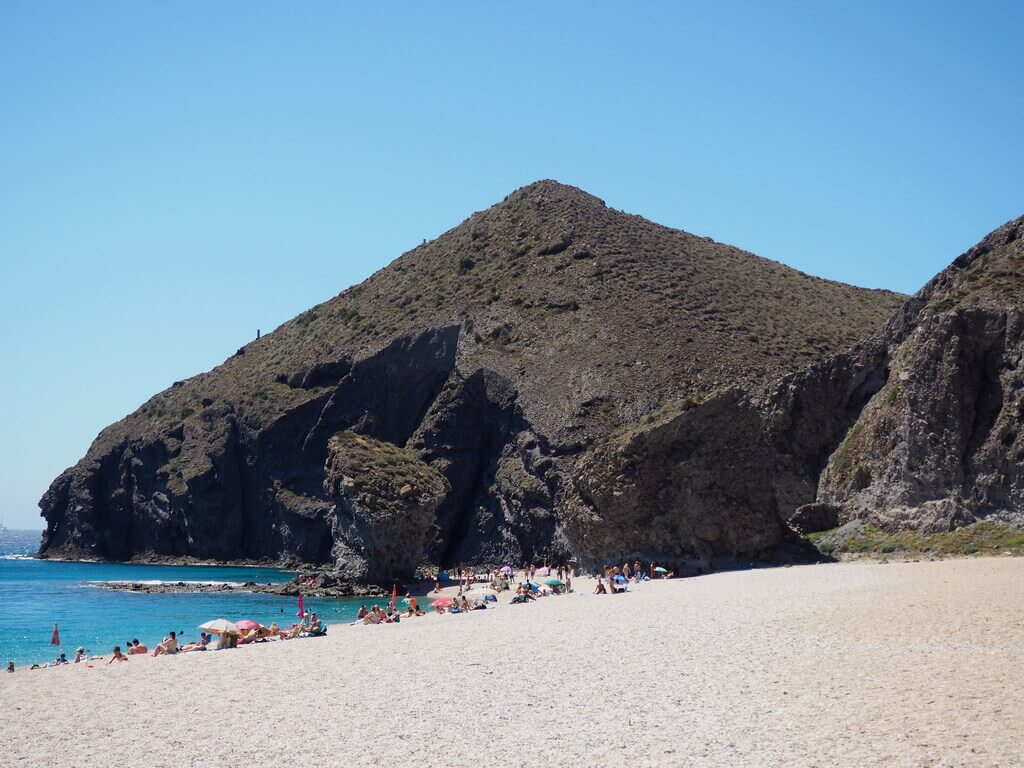 La preciosa Playa de los Muertos