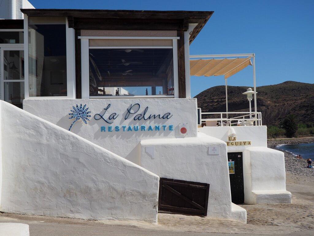 Restaurante a pie de mar en Las Negras