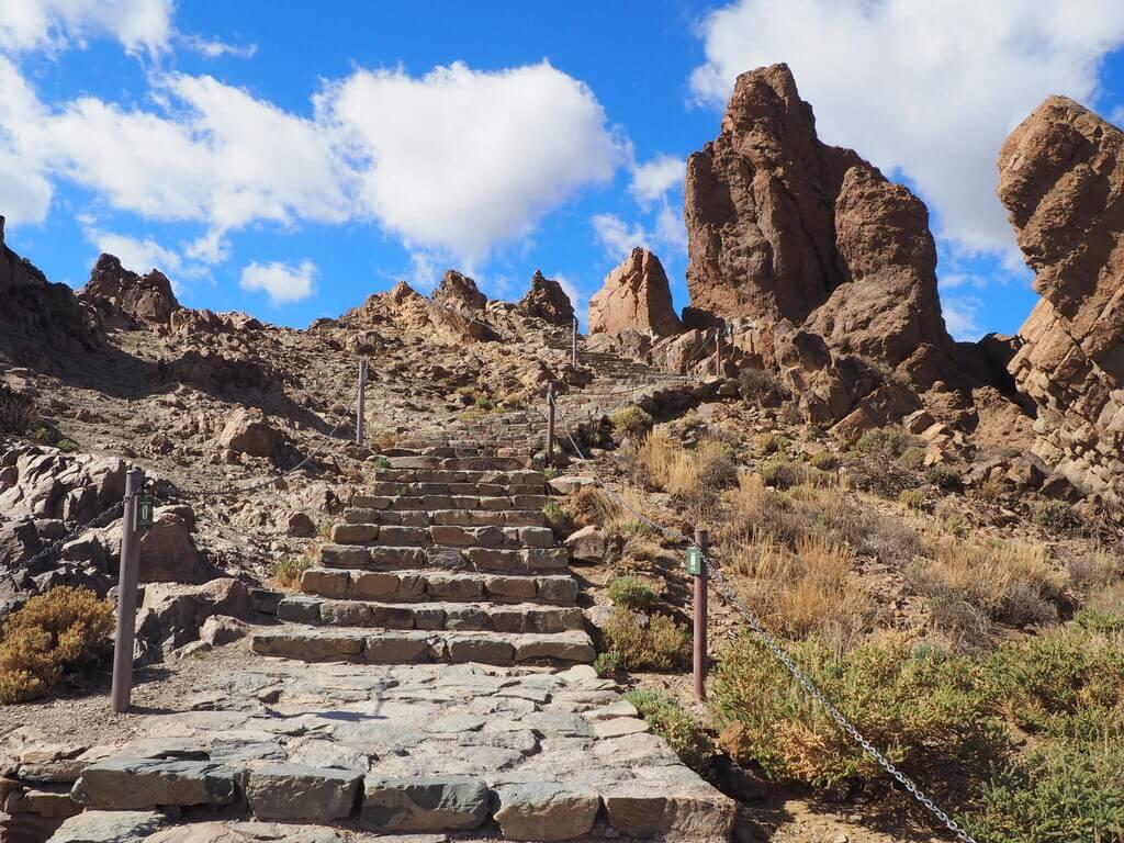 Acceso a la parte superior de los Roques de García
