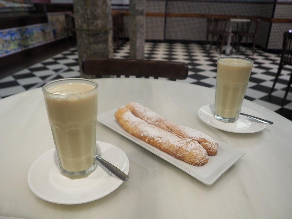 La mejor horchata de Valencia y fartons