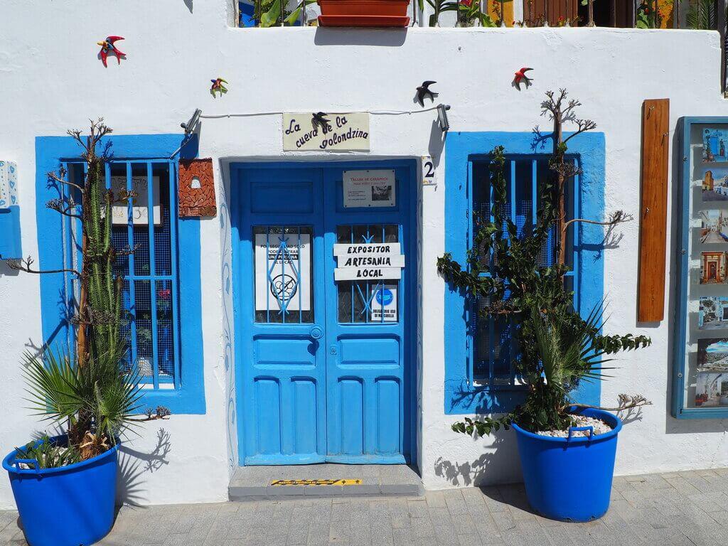 """""""Todo al azul"""" en Níjar"""