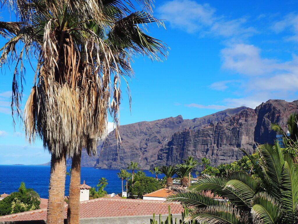 Los acantilados de Los Gigantes desde Santiago del Teide