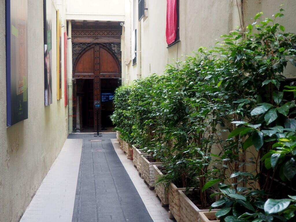 Entrada a la Iglesia de San Nicolás