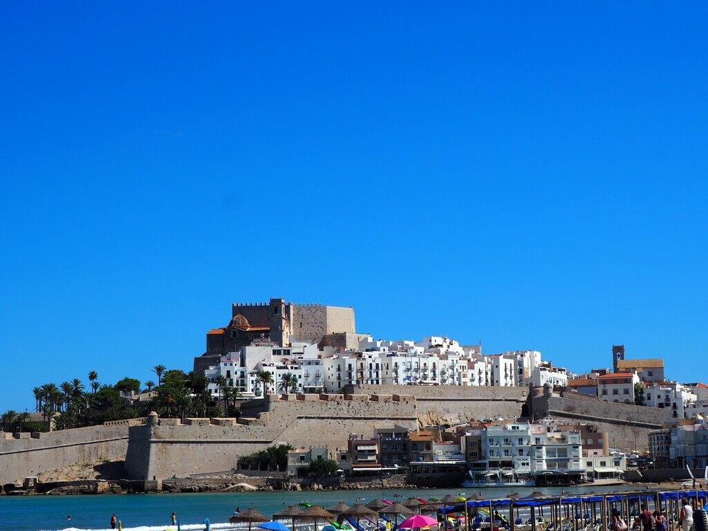 Castillo de Peñíscola desde la bahía