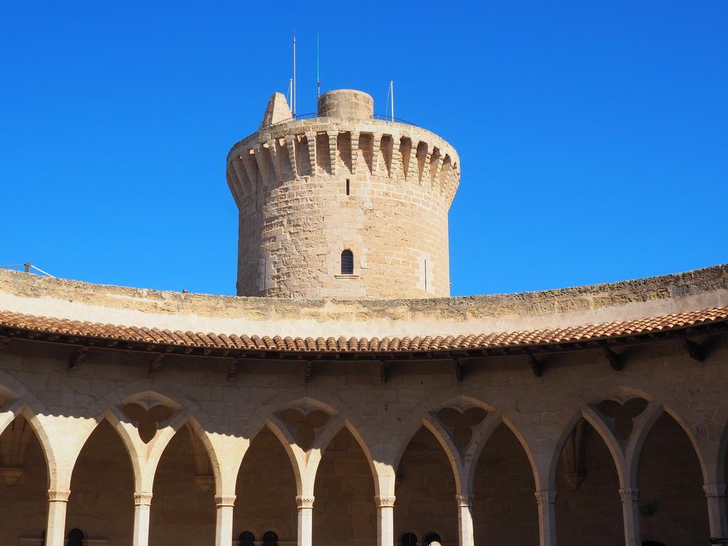 Patio interior Castillo de Bellver