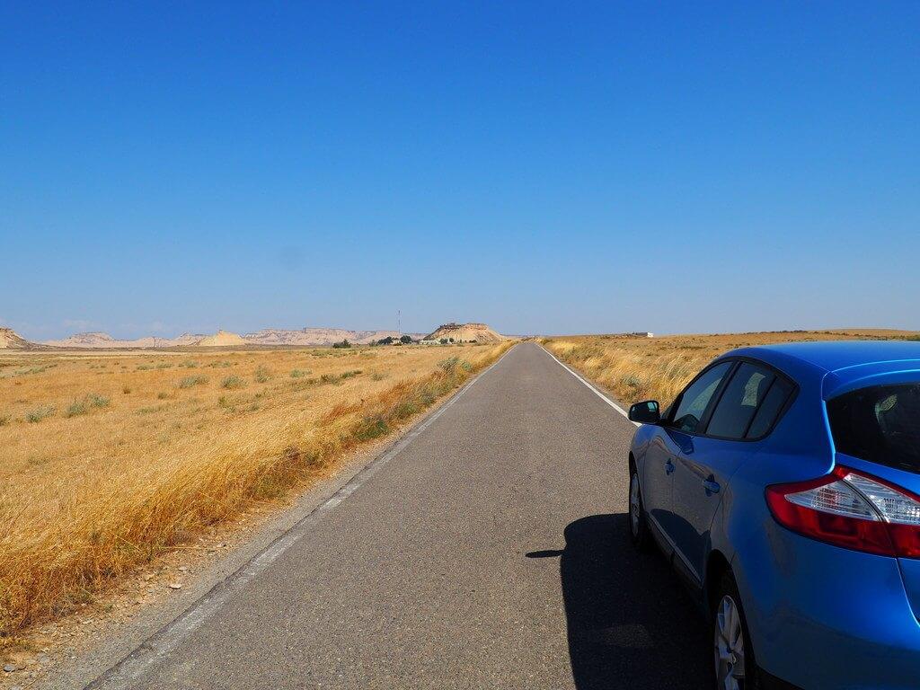 A punto de comenzar la ruta circular por la Bárdena Blanca