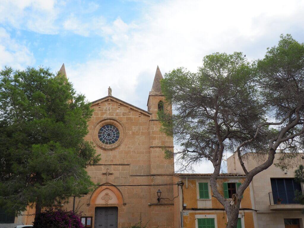 Portocolom, un pueblo de colores en Mallorca