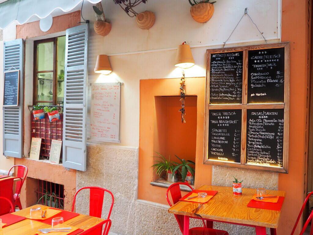 Terraza del restaurante Es Niu