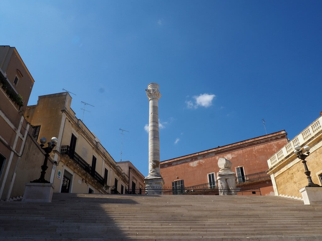 Columna de mármol en la Via Apia