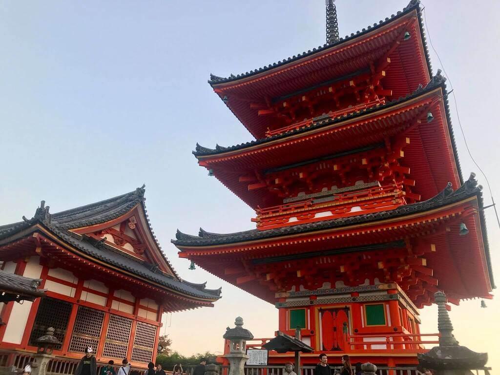 Pagoda Sanjunodo