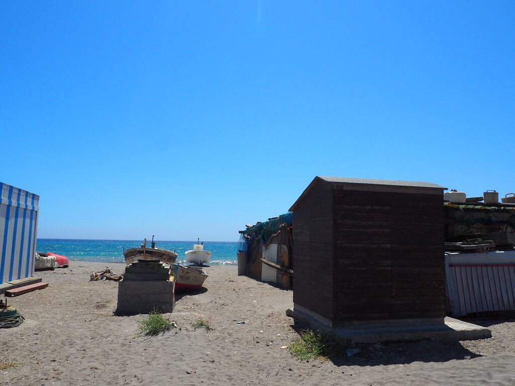 Barcos en la playa de Cabo de Gata