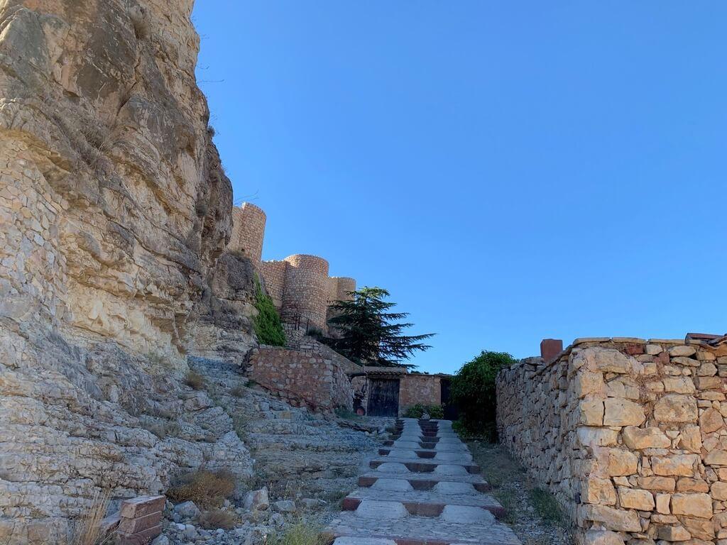 Rampa que conduce al Castillo de Albarracín