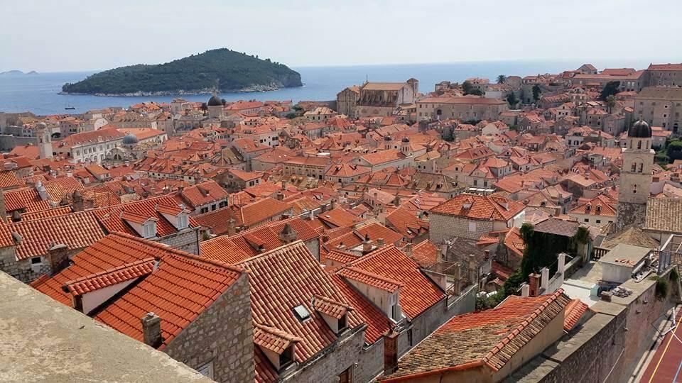 """Un """"mar rojo"""" sobre Dubrovnik"""