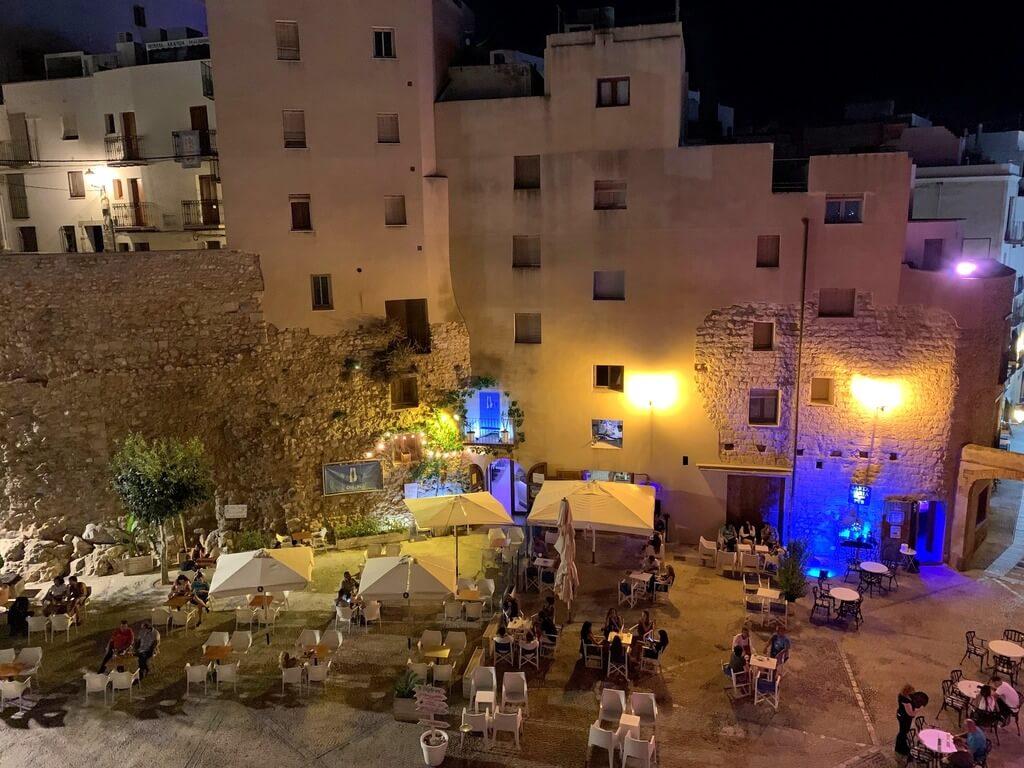 Restaurantes y bares en Plaza de Santa María