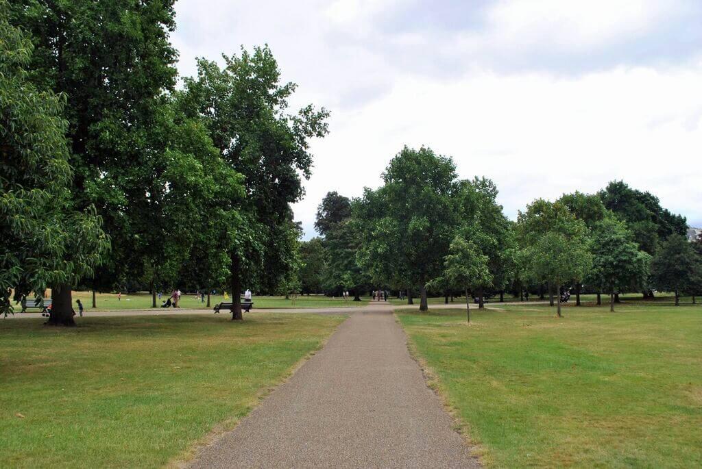 Caminando por Hyde Park