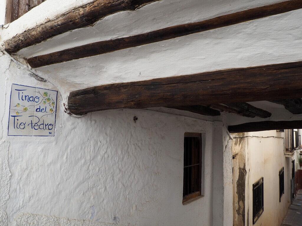 Uno de los tinaos más populares de Lanjarón