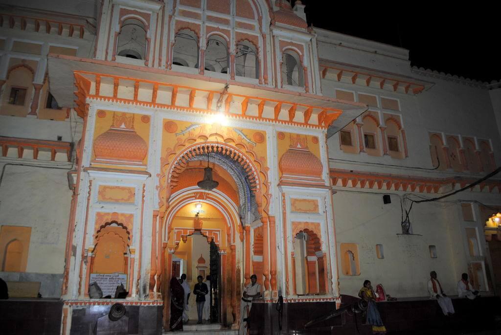 Puerta de entrada al Templo Ram Raja